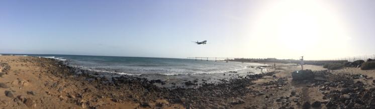 Plaža Honda, sletanje aviona